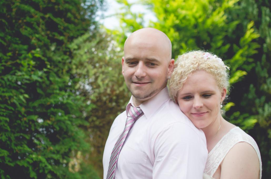 Steffi und David bei der standesamtlichen Hochzeit